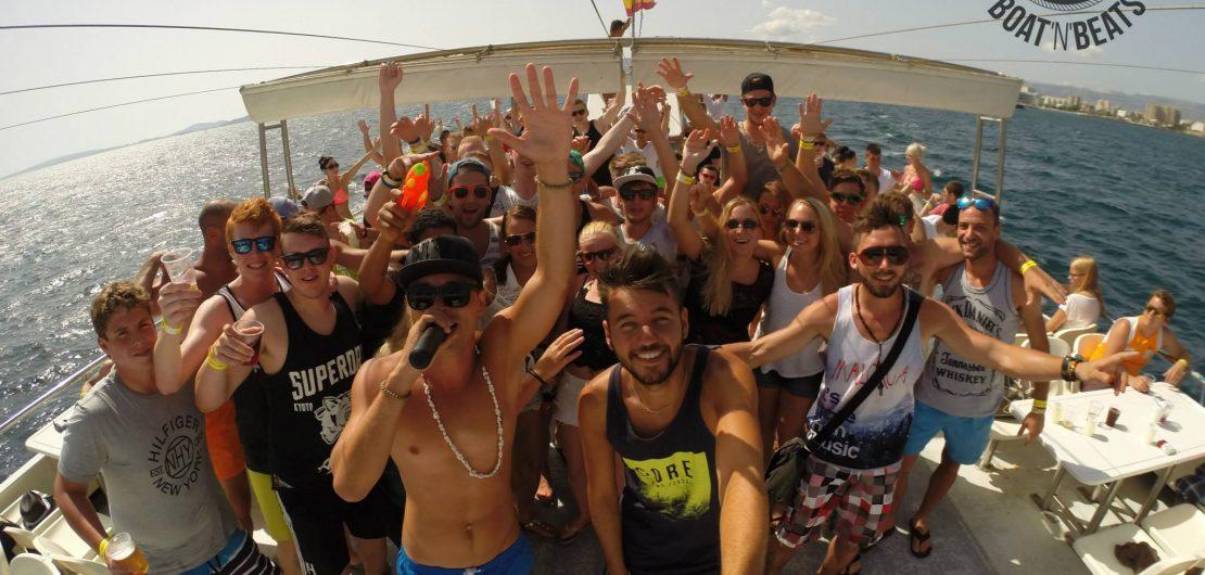 auf dem Partyboot